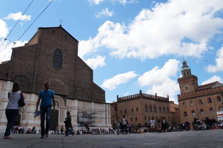 Câu chuyện về những chuyến đi: Rome, Bologna và nướcÝ