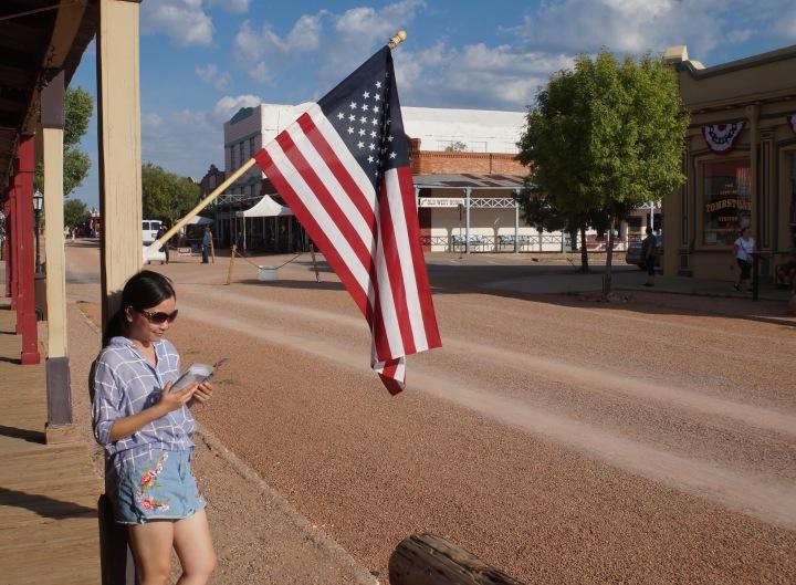 """Câu chuyện nước Mỹ: Đừng """"trèo thang"""" vộivàng"""